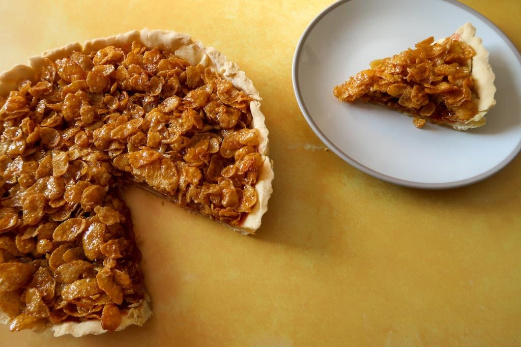 Gluten free cornflake tart serving